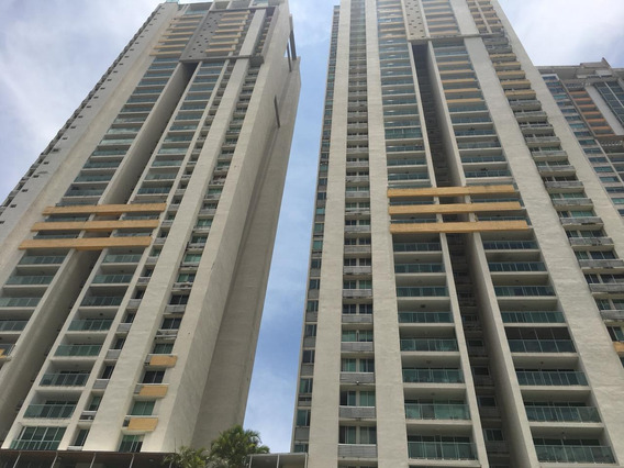 Apartamento Alquiler En Terramar 19-10131hel* San Francisco