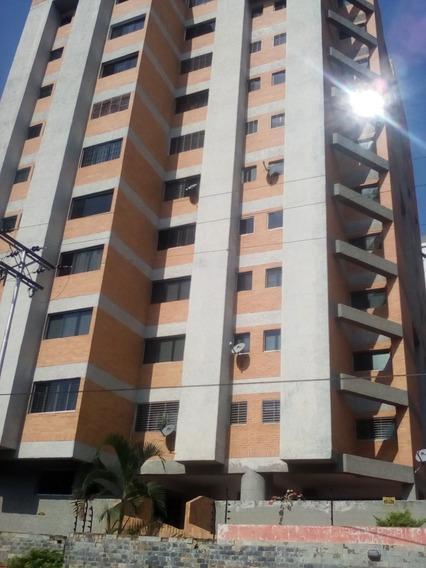 Se Vende Bello Apartamento Urb San Jacinto 04243603726