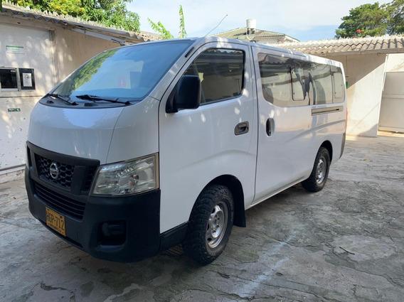 Van Microbus, Nissan Urvan 2.4 L, 2014 - Estado Excelente!!