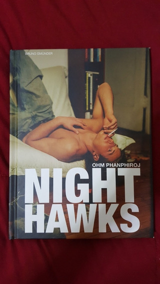 Livro Capa Dura Night Hawks - Ohm Phampiroj - Interesse Gay