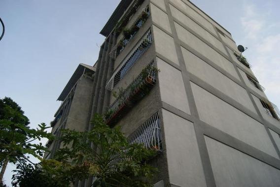 Cómodo Apartamento En Venta 130 Mts2, Tzas Del Avila....