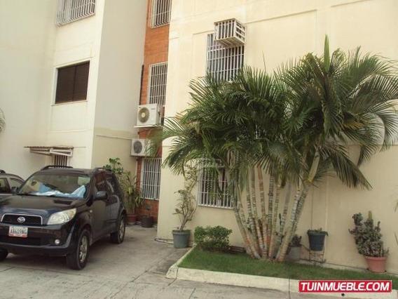 Comodo Apartamento En Venta Maracay Mm 19-15210