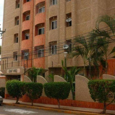 Apartamento En Venta, Codigo Mls #19-18351