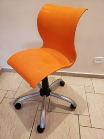 Cadeira Para Escritório Giratória Com Ajuste De Altura