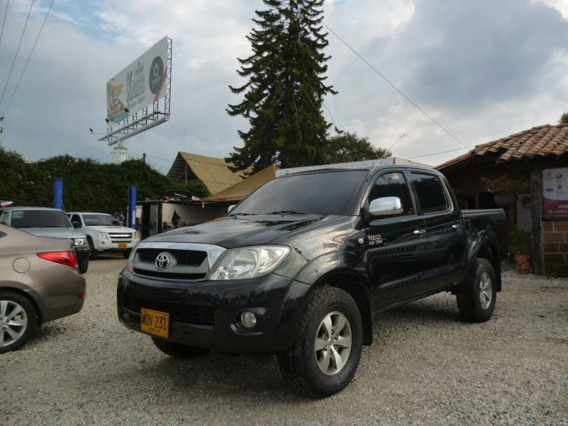 Toyota Hulix Dc 2010 Full Cuero Dl Bloqueo Negra Gasolina