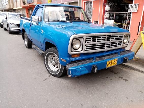 Dodge D 100 Pickup