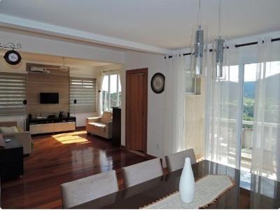 Casa Com 3 Quartos Para Comprar No Parque Véu Das Noivas Em Poços De Caldas/mg - 2604