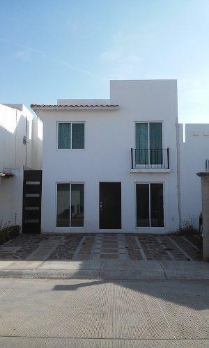 Mision Residencial Rento Hermosa Casa
