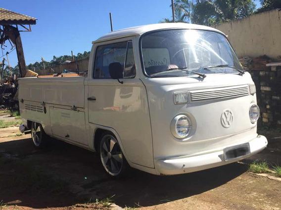 Volkswagen Kombi Cabrita