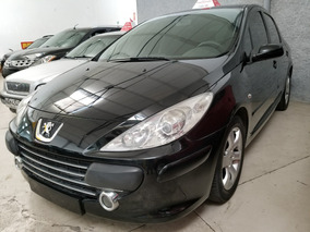 Peugeot 307 Live ( Extra Full ) 2010