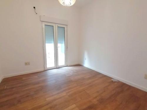 Venta Con Renta Apartamento 2 Dormitorios En Tres Cruces!