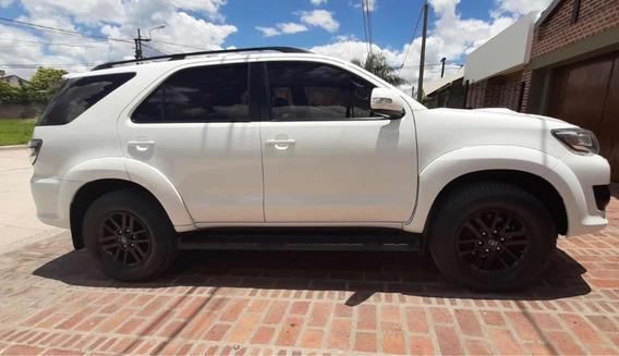 Toyota Sw4 3.0 Srv Cuero 171cv 4x4 - E4 2015