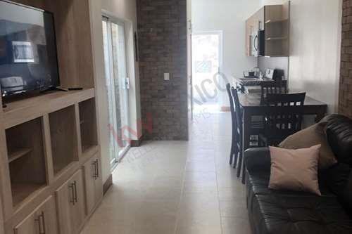 Renta Hermosa Casa Completamente Equipada Y Amueblada En Excelente Ubicacion