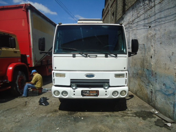 Ford Cargo 815e Chassis