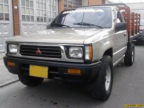 Mitsubishi L200 2.0l Mt 2000cc 4x2 Est