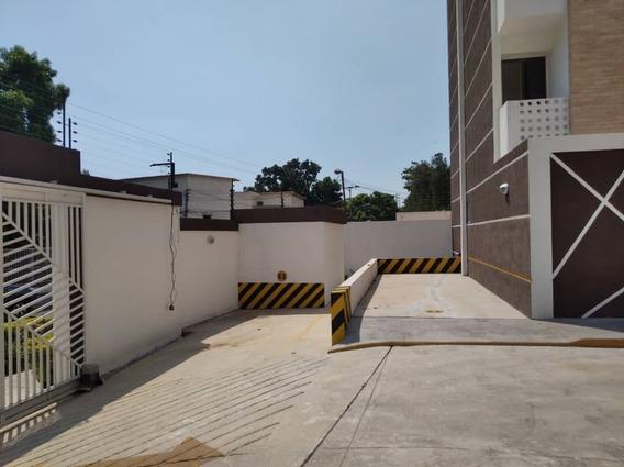 Residencias Trevi Barrio Sucre Las Delicias 04166467687