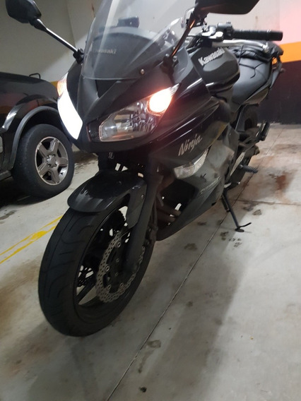 Kawasaki Ninja 650r - Preta 2011