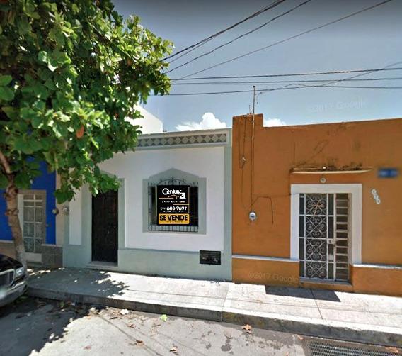Hermosa Casa Remodelada En El Centro De Merida. A 2 Cuadras De Paseo Montejo.