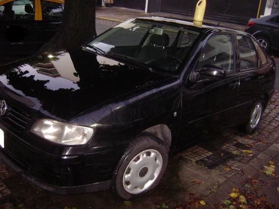 Volkswagen Polo,motor 1.9 Diesel,negro,unico Dueño Y Chofer.