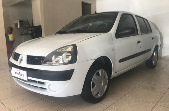 Renault - Clio Sedan Expression 1.0 2004