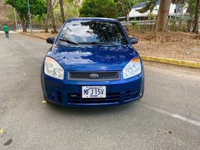 Ford Fiesta Max Automatico 2008