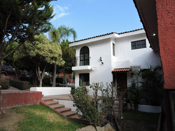 Casa En Condominio, 3 Recamaras, 3 Baños, Cuarto De Servicio