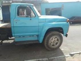 Caminhão Ford 13000