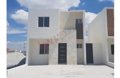 Casa En Venta Fraccionamiento Cerrado En Ramos Arizpe Nueva