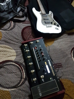 Line6 Pod Hd 400 Y Guitarra Squier Strat Fender