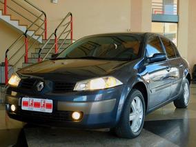 Megane Sedan Dynamique 2.0 16v Aut.