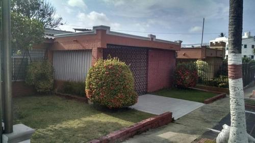 Casa En Venta En Barranquilla Santa Ana