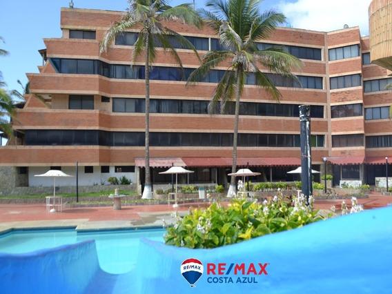 Remax Costa Azul Vende Apartamento En Edificio Portofino