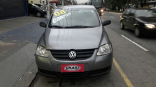 Volkswagen Fox 1.0 Plus Total Flex 4p
