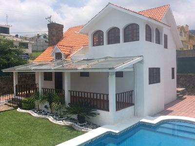 Casa Sola En Venta En Cuernavaca Con Alberca