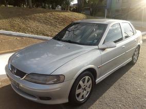 Chevrolet Vectra 2.2 Challenge 4p 2001