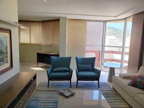 Imagem 1 de 14 de Apartamento No Centro Da Cidade - Ap5250