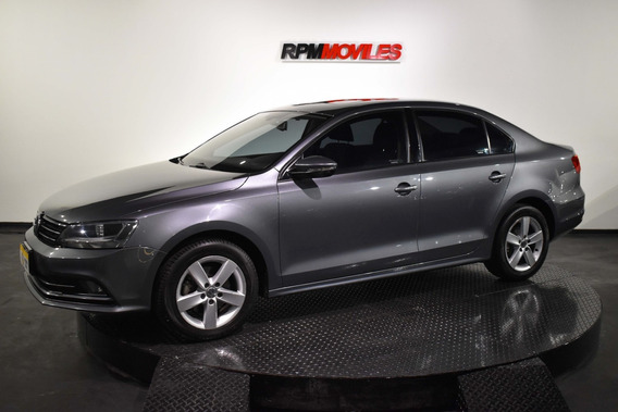 Volkswagen Vento 2.5 Advance At 2015 Rpm Moviles