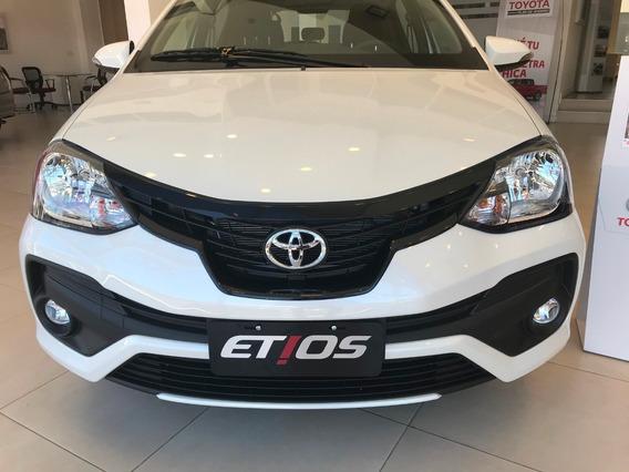 Toyota Etios Xls 6 Mt 5ptas Hs