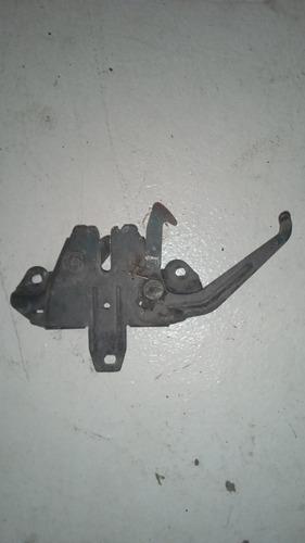 Imagen 1 de 2 de Cerradura Capot Mitsubishi Signo