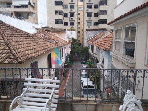 Casa De Vila Em Copacabana Com Vaga De Garagem!! - Cav4116