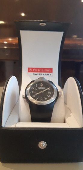 Relógio Victorinox Swiss Army/con Lanterna/v.25070/com Case