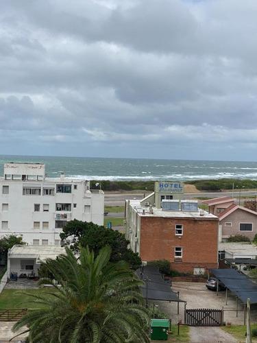 Punta Del Este Venta Apartamento Playa Brava De 2  Dormitorios Vista Al Mar