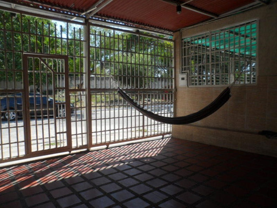Casa En Venta En San Antonio, Palo Negro. 21-11428 Lln