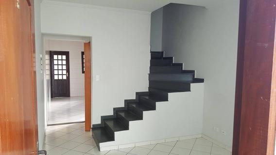 Sobrado Com 2 Dormitórios À Venda, 70 M² Por R$ 250.000,00 - Parque Dos Ipês - São José Dos Campos/sp - So0093