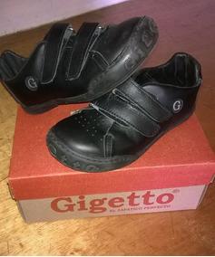 cceec832 Zapato Escolar Talla 30 - Ropa, Zapatos y Accesorios en Mercado ...