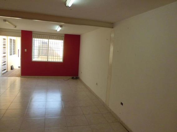 Oficina En Venta Centro Cabudare 20-750 A&y