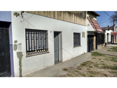 Alquiler Galvez 6207 Casa Frente 2 Dormitorios Terraza Patio 7500 Garantias Laborales