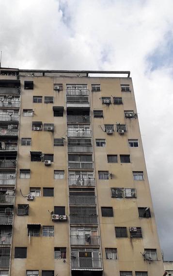 Venta Apartamento En La Candelaria Rent A House Tubieninmuebles Mls 20-6050