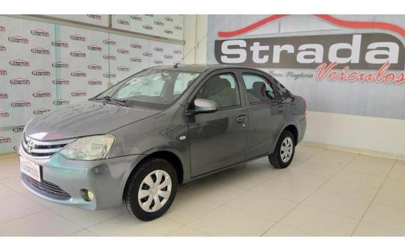 Toyota Etios X Sedan 1.5 Flex 16v 4p Mec.