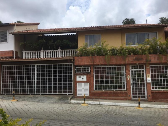 Jg 19-15117 Townhouse En Venta Bosque Valle Urb. De Tazón